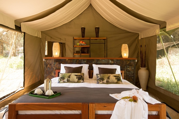 Namiri-Plains-Guest-Tent-Interior