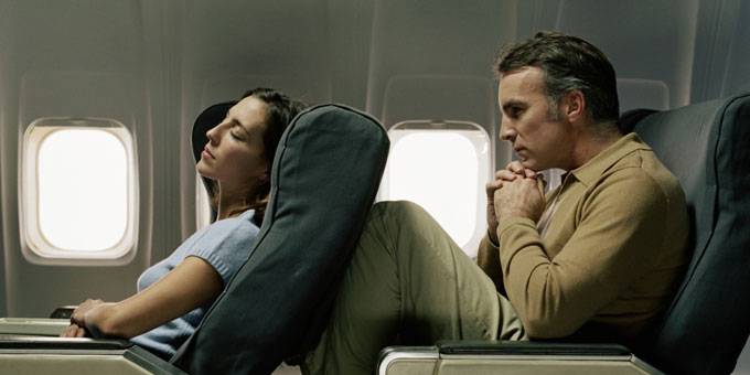 plane-seat-recline