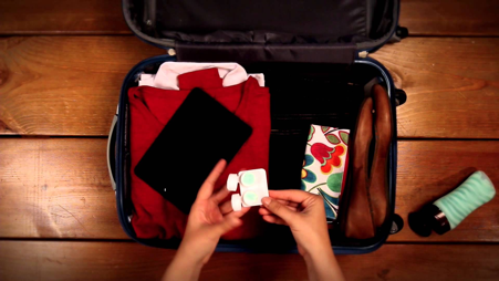 Travelling Light : Packing Hacks